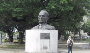 Памятник Жетулиу Варгасу